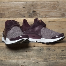 NIKE Sock Dart Premium Se 859553 600 Night Maroon