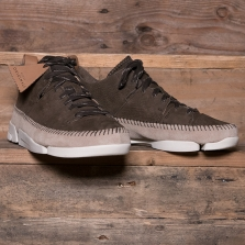 Clarks Originals Trigenic Flex Nubuck Peat