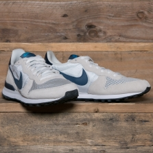 NIKE Internationalist 631754 Summit White New Slate