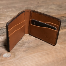 TANNER GOODS Utility Bifold Saddle Tan