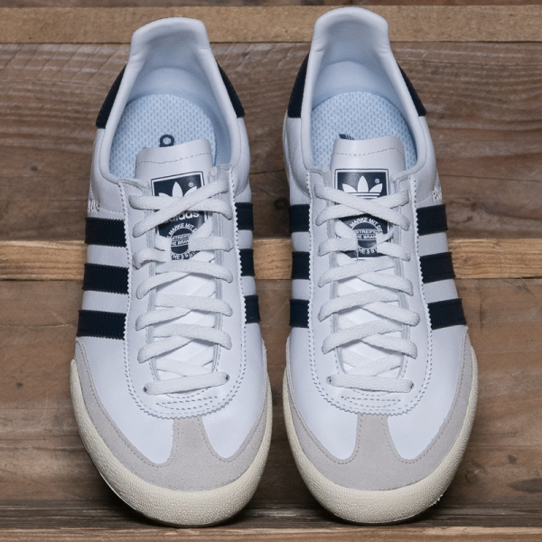 adidas originals bd7683 jeans white the r store. Black Bedroom Furniture Sets. Home Design Ideas
