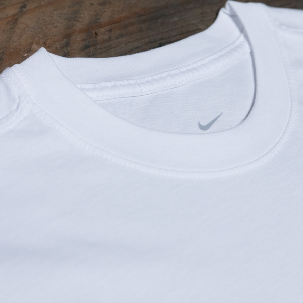 Nike Nsw Tee Reissue Ir Ci2194 100 White The R Store