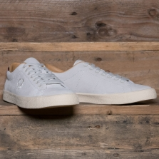 Fred Perry B6135 Underspin Suede 100 White