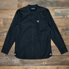 Fred Perry M7559 Grandad Collar Shirt 102 Black