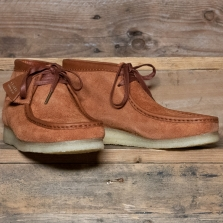 Clarks Originals Wallabee Boot Hairy Suede Tan