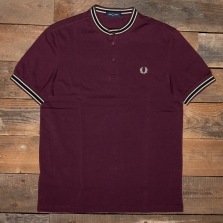 Fred Perry M1556 Textured Tipped Henley Polo 799 Mahogany