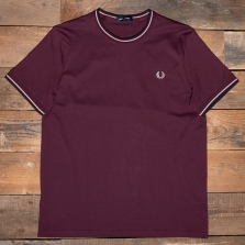 Fred Perry M1588 Twin Tipped T Shirt 819 Mahogany